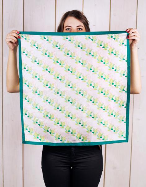 Shandor foulard motif exotiques foulard soie vert